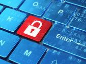 Schutzkonzept: computer-tastatur mit geschlossenes vorhängeschloss — Stockfoto