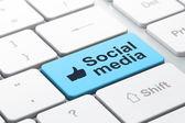 Social media concept: Like and Social Media on computer keyboard — Stock Photo