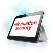 Концепция безопасности: информационная безопасность на компьютере pc таблетки — Стоковое фото