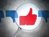Sociala nätverk koncept: gillar, till skillnad från med optiska glas på siffran — Stockfoto