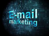 Concepto de publicidad: e-mail marketing sobre fondo digital — Foto de Stock