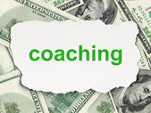 концепция образования: коучинг на фоне деньги — Стоковое фото