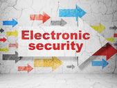 保护的概念: grunge 的背景墙上的箭头底子电子安全 — 图库照片