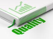 Pazarlama kavramı: kitap büyüme grafiği, kalite beyaz zemin üzerine — Stok fotoğraf