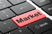 концепция бизнеса: рынок на фоне клавиатуры компьютера — Стоковое фото