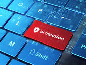 Privacy concept: Shield With Keyhole and Protection on keyboard — Foto Stock
