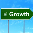 Business concept: Growth and Growth Graph on road sign background — Stock Photo