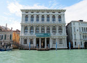 Ca' Rezzonico Palace on the Grand Canal in Venice, Italy — Stock Photo