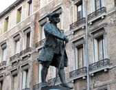 Statue of Carlo Goldoni in Venice, Italy — Stock Photo