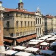 Market in Piazza dei Signori in the city of Vicenza, Italy — Stock Photo