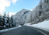 Mountain road in winter — Stock Photo
