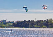 Pair of kitesurfers in Croatia — Stock Photo