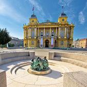 Kroatische National theater in zagreb — Stockfoto