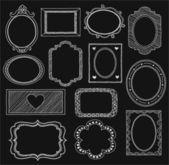 Uppsättning av doodle ramar och olika element på en svart bakgrund — Stockvektor