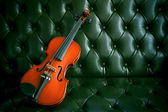 Violin on beautiful background — Stock Photo