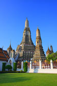 Wat arun temple pagoda important landmark of Bangkok Thailand wi — Stock Photo