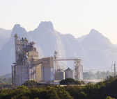 Heavy industry of limestone manufacturing use for factory and in — Stock Photo