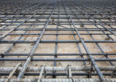 Reinforce iron cage net for built buiilding floor in constructio — Stock Photo