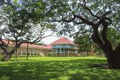 Beautiful landscape scene of Marukhathaiyawan Palace most dazzle — Stock Photo
