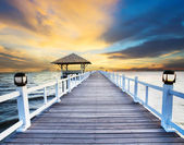 Wood piers and sea scene with dusky sky use for natural background ,backdrop — Stock Photo