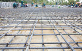 Reinforce iron cage net for built building floor in construction — Stock Photo