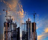 Building construction site against beautiful blue sky use for co — Stock Photo