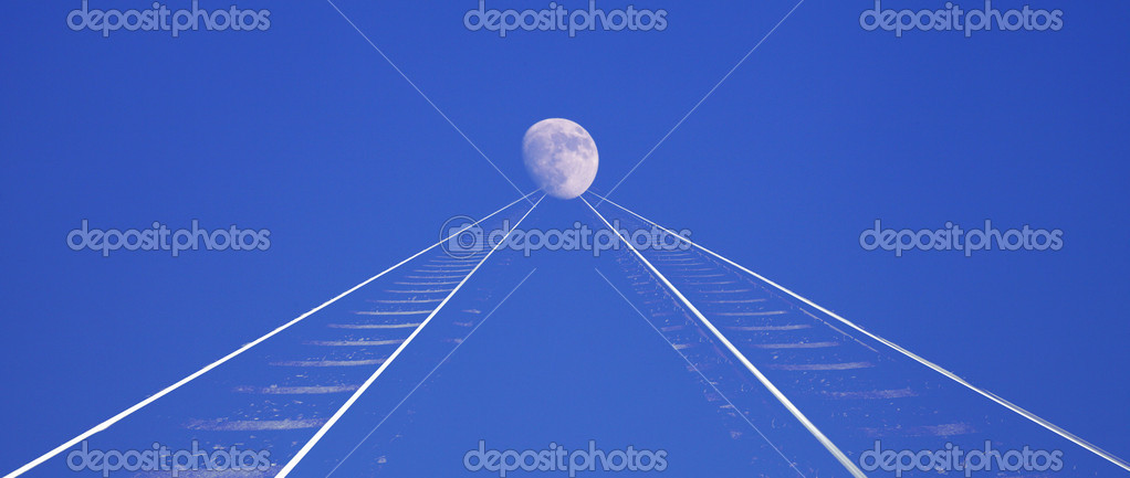 Railroad-tracks leading into horizon — Stock Photo #18612449