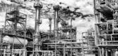 Jätte oljeraffinaderi panoramautsikt — Stockfoto