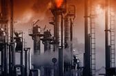 Oil and gas installation. smoke and smog — Stock Photo