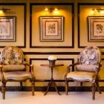 klasický styl vintage dřevěná židle — Stock fotografie
