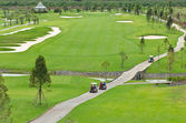Landscape picture of a golf court — Stock Photo