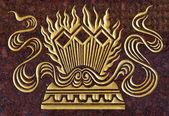 Marmo intagliare oro vernice nella parete del tempio — Foto Stock