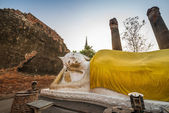 Reclining Buddha at Wat Yai Chai Mongkol — Stock Photo