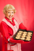 Retro Housewife Bakes Chocolate Chip Cookies — Stock Photo