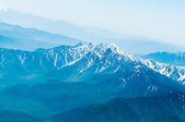 Snow Mountain Range Landscape with Blue Sky — Stock Photo