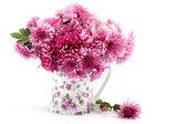 Chrysanthemum flowers in a glass vase. — Foto de Stock