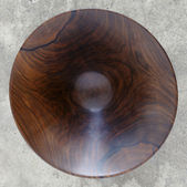 Antique wooden bowl — Stock Photo