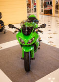 BANGKOK - SEPTEMBER 22: Kawasaki ZX-10R on display at the Promen — Stock Photo