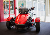 BANGKOK - SEPTEMBER 22: The Can-Am Spyder RS Roadster on display — Foto de Stock