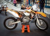 BANGKOK - SEPTEMBER 22: The KTM 500 EXC, Enduro on display at th — Foto de Stock