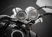 BANGKOK - SEPTEMBER 22: Triumph speedometer gauges on display at — Foto Stock