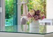 Beautiful colors of plastic flowers — Stock Photo