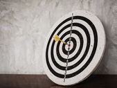 Success concept, darts hit target on dartboard — Foto de Stock