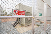 Warning sign, authorized personnel only for safety concept — Stock Photo