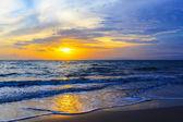 Sonnenuntergang und strand — Stockfoto
