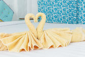 Towel folded in swan shape — Stock Photo