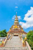 Phasornkaew 寺院、カオ kho ペッチャブーン タイへの階段 — ストック写真