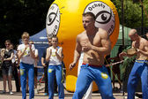 WARSAW, POLAND, june 8: Unidentified capoeira sportsmen on the XII Brazilian Festival on June 8, 2014 in Warsaw, Poland. — 图库照片