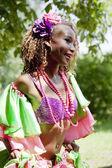 Warschau, polen, 8. juni: unidentifizierte karneval tänzerin auf der bühne in xii brasilianischen festival am 8. juni 2014 in warschau, polen. — Stockfoto