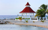 View of gazebo on the beach for weddings. — Stock Photo